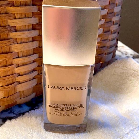 Laura Mercier Flawless Foundation